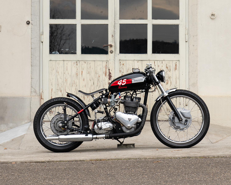 05_Triumph-Bike