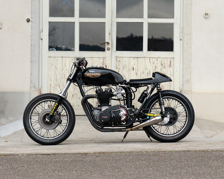 07_Triumph-Bike