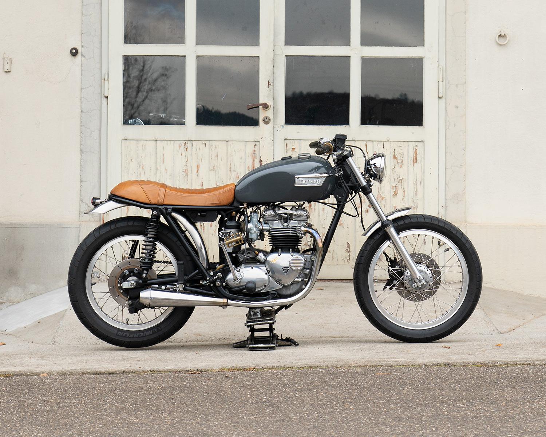 08_Triumph-Bike